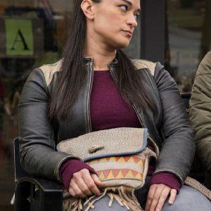 Sara Tomko Wearing Black Leather Jacket In Resident Alien Love Language