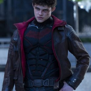 Curran Walters Wearing Leather Jacket In Titans as Jason Todd